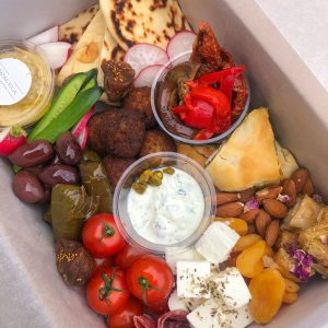 THE MEZE GRAZE BOX